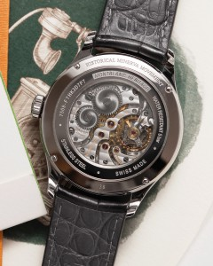 Mont-Blanc-Small-Seconds-Heritage-Limited-Salmon